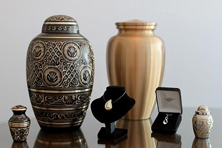Dulaney Valley Memorial Gardens cremation urns, keepsakes and jewelry